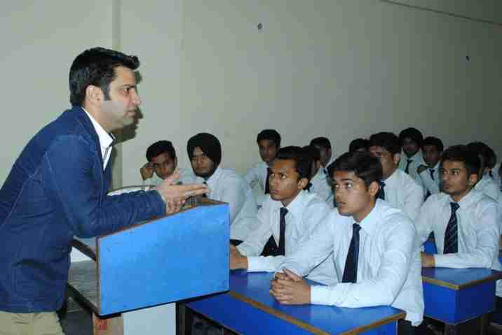 Hotel Management Degree in Delhi