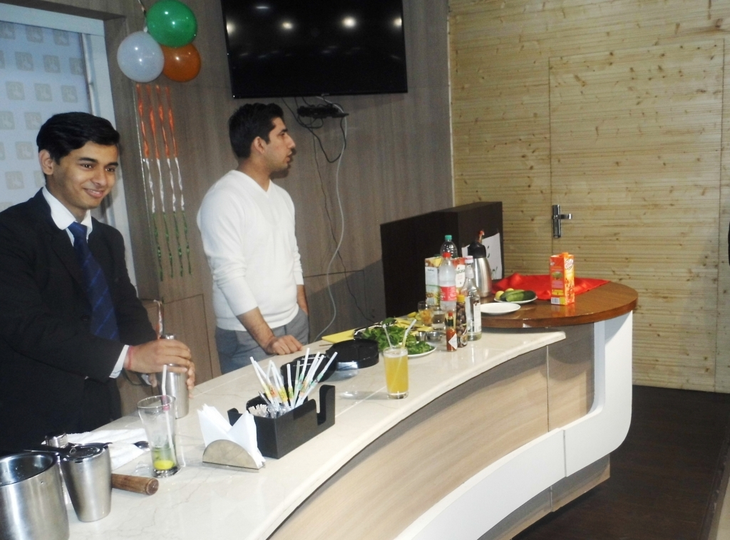 Food and Beverage Service courses in Delhi