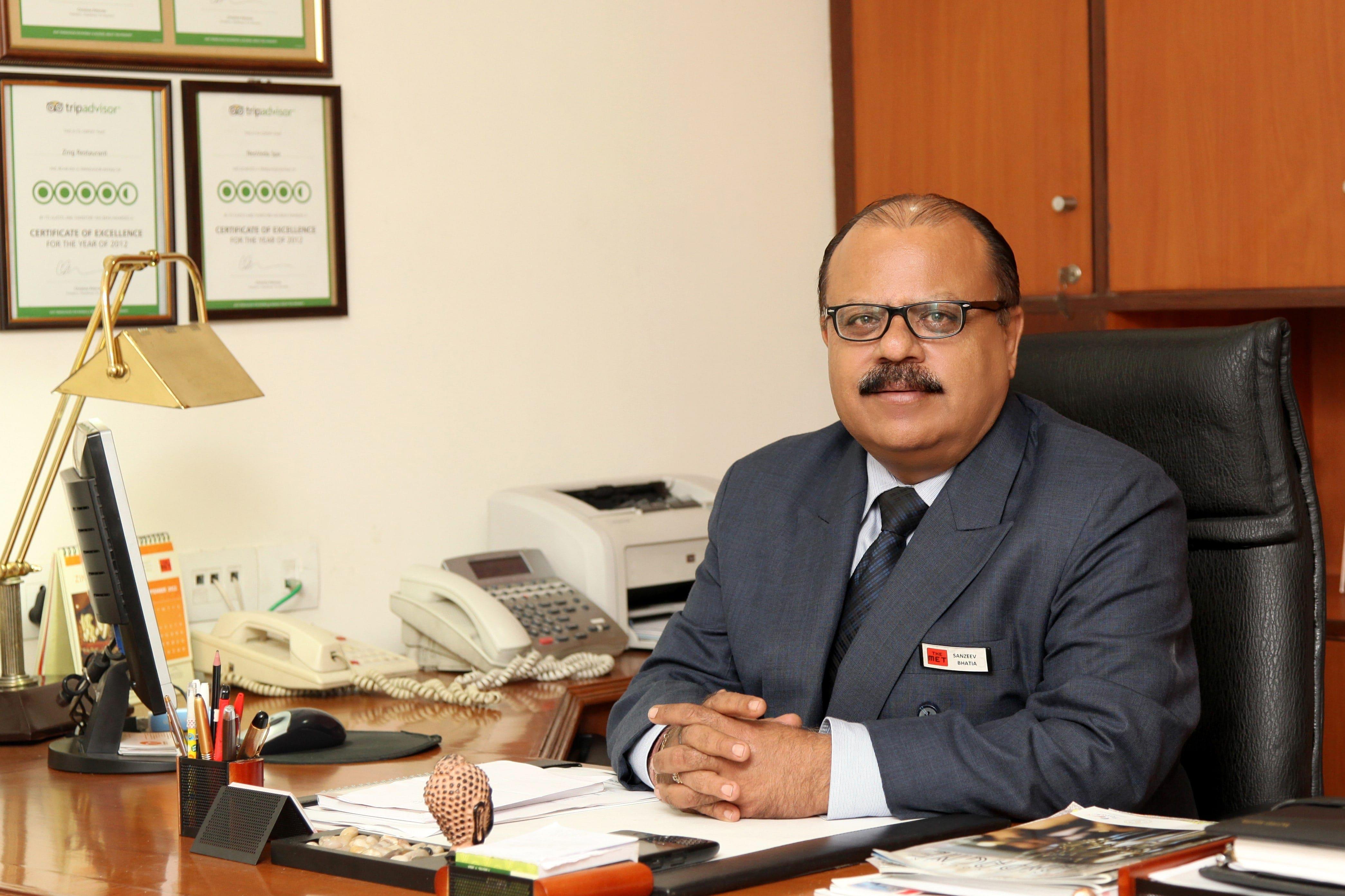 hotel management delhi